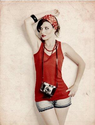 Fototapeta Pin -up girl z aparatem
