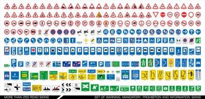 Fototapeta Ponad 250 znaków drogowych. Zbieranie ostrzeżeń, obowiązkowych, zakazów i informacji o ruchu drogowym. Kolekcja europejskich znaków drogowych. Ilustracji wektorowych.