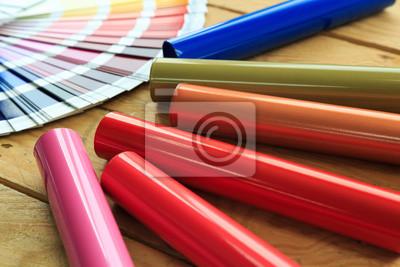 Fototapeta Profile aluminiowe pokryte kolorowym lakierem proszkowym.