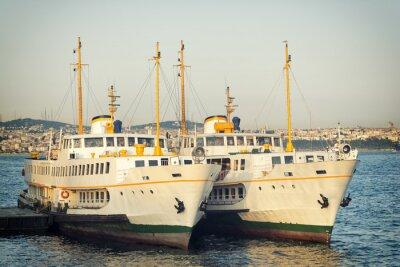 Fototapeta Promy zawinął Karakoy, Molo w Stambule, Turcja
