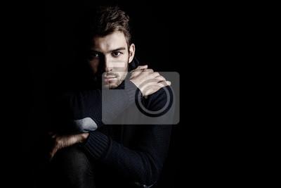 Fototapeta przystojny młody mężczyzna