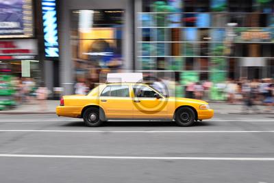 Fototapeta Pstryknięcie strzał z taksówki na Times Square w Nowym Jorku, USA.