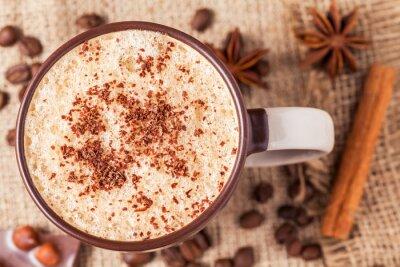 Fototapeta Puchar cappuccino z cynamonem