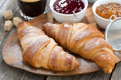 Fototapeta pyszne śniadanie ze świeżych rogalików, Close-up