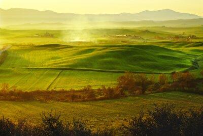 Fototapeta rano na wsi w Toskanii