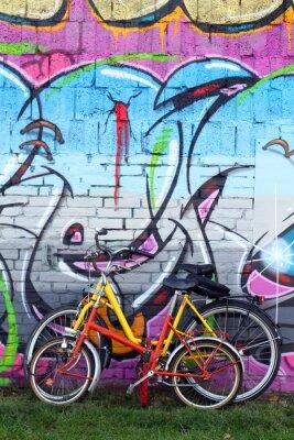 Fototapeta Rast an der Mauer