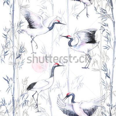 Fototapeta Ręcznie sporządzoną wzorem stosowanym wzór z białymi japońskimi tańcami żurawie. Powtarzające się tło z delikatnymi ptakami i bambusem