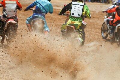 Fototapeta Resztki brudu z wyścigu motocross
