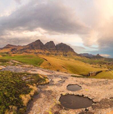 Fototapeta Rock Pools, Szczyty i chmury