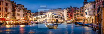 Fototapeta Romantic gondola ride near Rialto Bridge in Venice, Italy