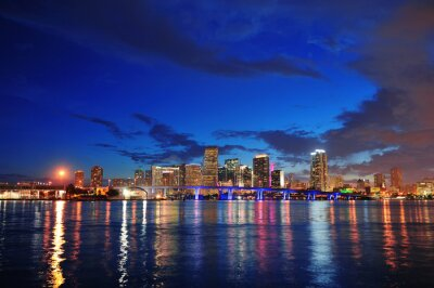 Scena nocy Miami