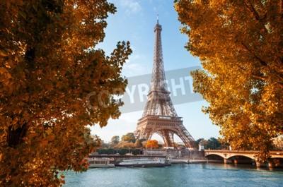 Fototapeta Seine w Paryżu z wieży Eiffla w czasie jesieni