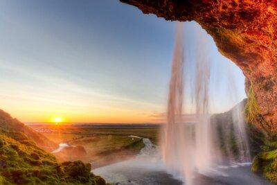 Fototapeta Seljalandsfoss Wodospad o zachodzie słońca, Islandia