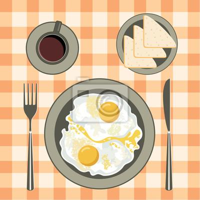 Smażone jajka w talerzu, kawa i chleb