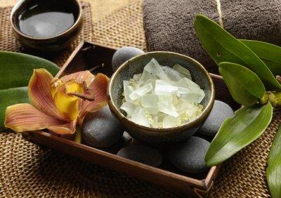 Fototapeta Sól i spa zapach orchidei z bambusa i ręcznik