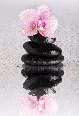 Fototapeta Spa kamienne piramidy i kwiat orchidei