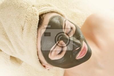 Spa.Mud Maska na twarz pięknej kobiety