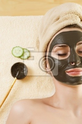 Spa.Mud Maska na twarzy kobiety