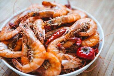 Fototapeta Spicy shrimp on a plate, gourmet, delicious