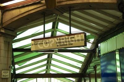 Fototapeta Stacja metra London stary