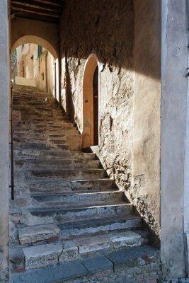 Fototapeta Starożytna przejście w Montalcino, Toskania