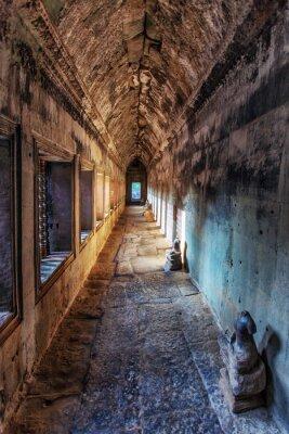 Fototapeta Starożytny korytarza w Angkor Wat