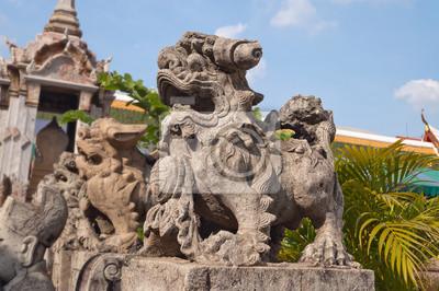 Statua w świątyni Wat Arun