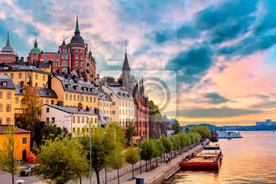 Fototapeta Stockholm, Sweden. Scenic summer sunset view with colorful sky of the Old Town architecture in Sodermalm district.