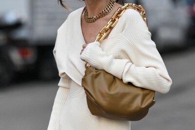 Fototapeta Street style outfit - streetstylefw20