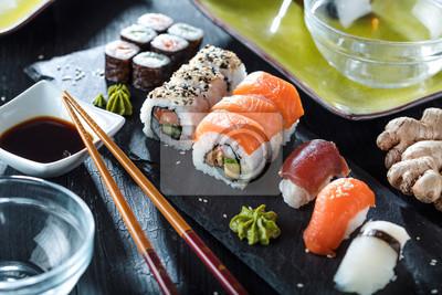 Fototapeta Sushi Verschiedene Sorten