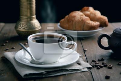 świeże śniadanie z kawą
