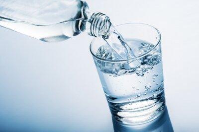 Fototapeta szklanka wody