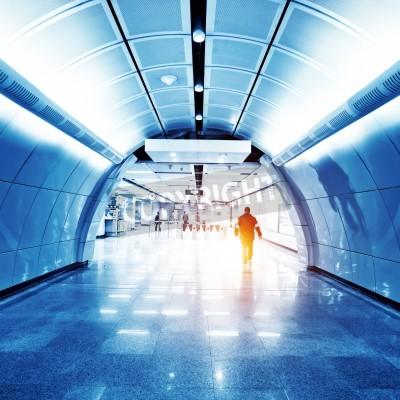 Fototapeta szklany korytarz w centrum biurowe