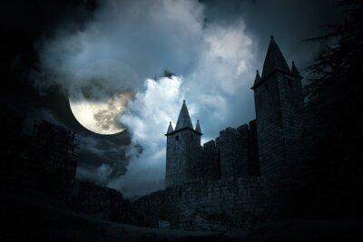 Fototapeta Tajemniczy średniowieczny zamek