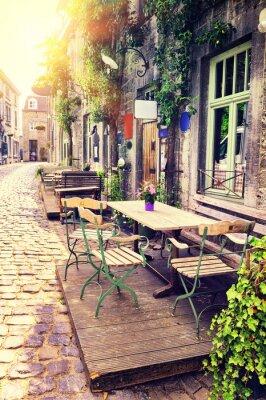 Fototapeta Taras Cafe w małym europejskim mieście