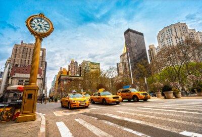 Fototapeta Taxis on fifth avenue, New York city.