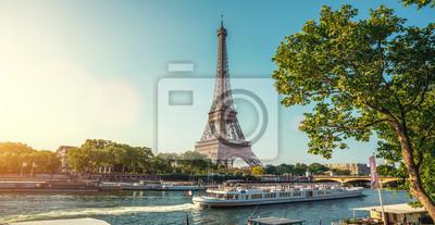 Fototapeta The eifel tower in Paris from a tiny street