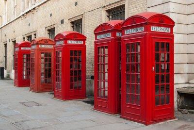 Fototapeta Tradycyjne czerwone budki telefoniczne w Londynie, Wielka Brytania