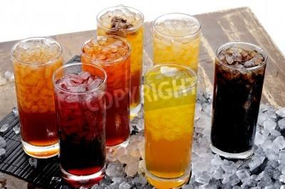 Fototapeta Tradycyjny napój Azja, owoce i zimne napoje ziołowe