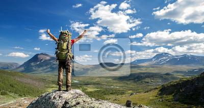 Fototapeta Turysta czuje się wolny!
