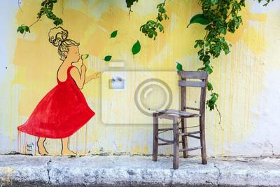 Turystyka sezon zaczyna się w Bozcaada.Many ludzi odwiedzić i cieszyć się życiem w kolorowych ulicach Bozcaada wyspie w morzu egejskim.
