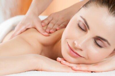 Fototapeta Uśmiechnięta kobieta masażu