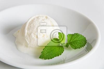vanila ice cream scoop
