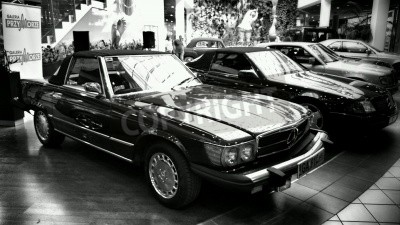 Fototapeta Vintage car. Exhibition of vintage cars from the stables of Mercedes.