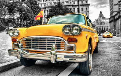 Fototapeta Vintage Yellow Cab w Lower Manhattan - New York City