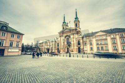 Fototapeta Warszawa, Polska - 08 marca 2015: ulice i budynki w centrum Warszawy, Polska