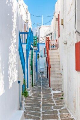 Fototapeta Wąski pas w starym mieście Mykonos