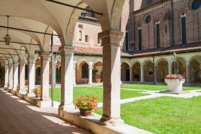 Fototapeta Wewnętrzny klasztor św kościoła gotyckiego Lorenzo w Vicenzy