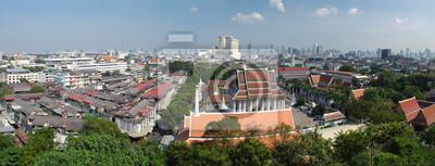 Widok Bangkoku i część Wat Saket od Golden Mount