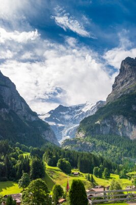 Fototapeta Widok z dolnej Lodowiec Grindelwald, Grindelwald, Oberland Berneński